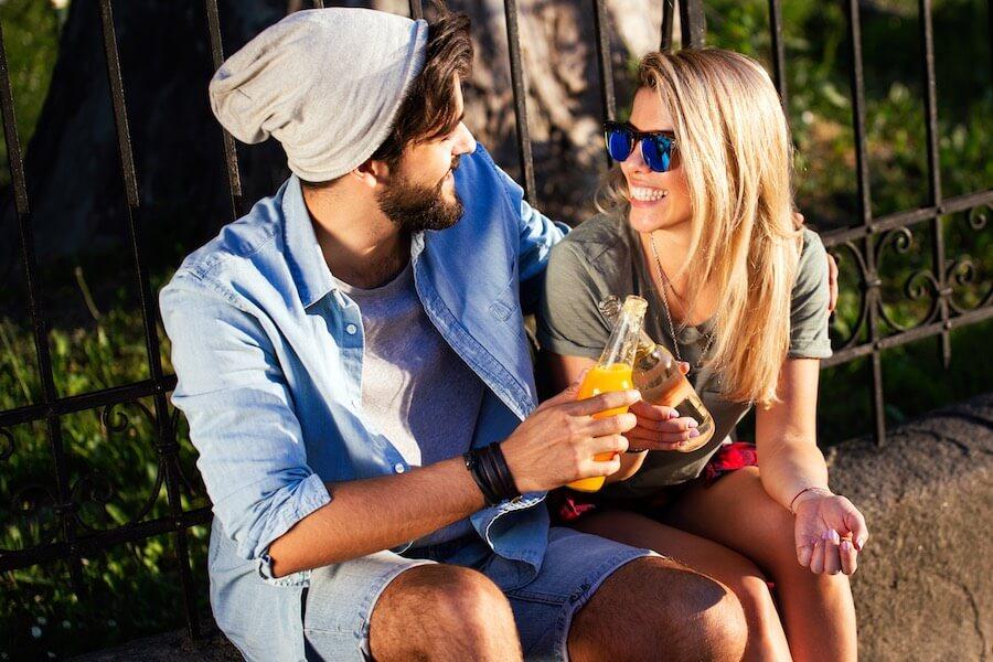 Such dir deine Freundin bewusst aus - Emotionale Abhängigkeit
