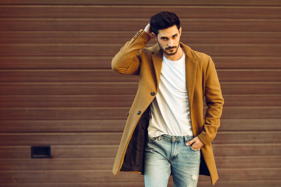 Trage lieber einen modernen Mantel, statt Funktionskleidung