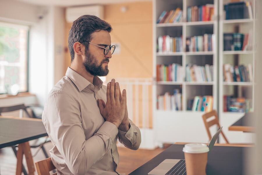Lerne Achtsamkeit und Meditation