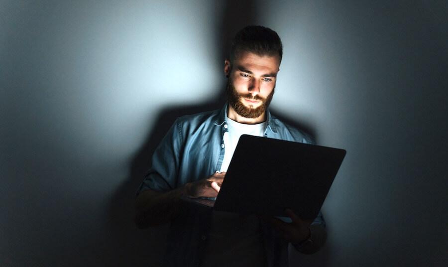 Pornokonsum findet heimlich und zuhause statt