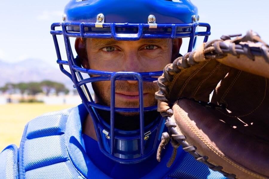 Die richtige Ausrüstung, wenn du einen Baseball fangen musst